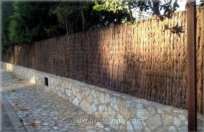 preguntas frecuentes brezo natural madrid para vallas de brezo y ocultaciones de jardin fabrica. Black Bedroom Furniture Sets. Home Design Ideas